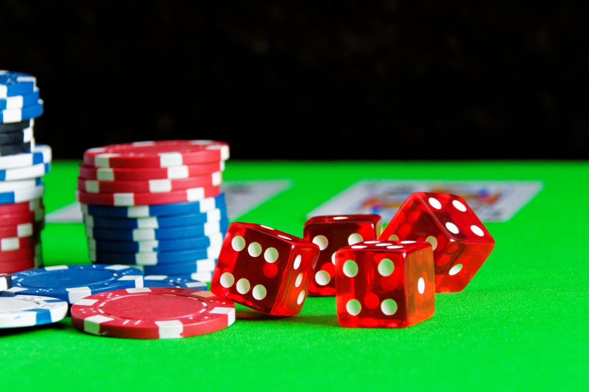 How to Distribute Poker Chips - 2