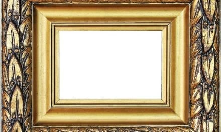 How to Secure the Back of a Picture Frame