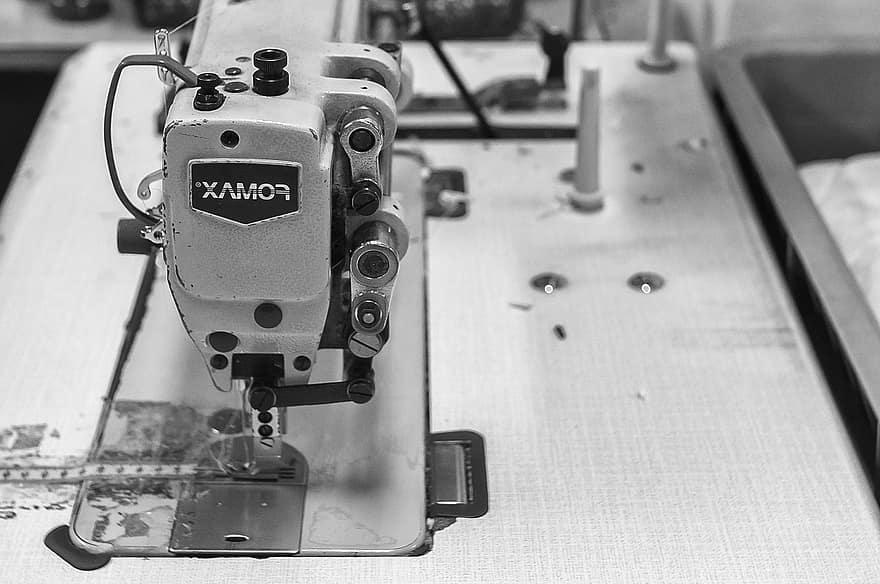 How to Thread a White Rotary Sewing Machine