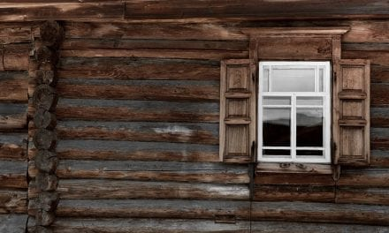 How to Repair Loose Nails in Wood Siding