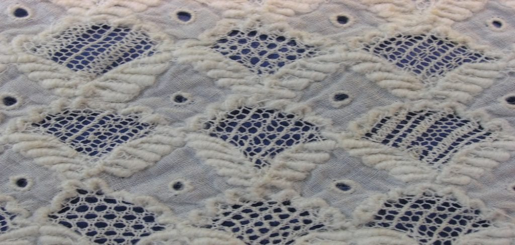 How to Crochet Ruffles on a Baby Blanket