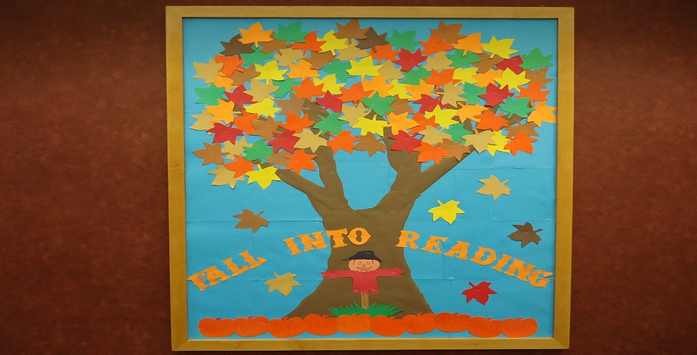 How to Make a Tree Out of Paper for a Bulletin Board