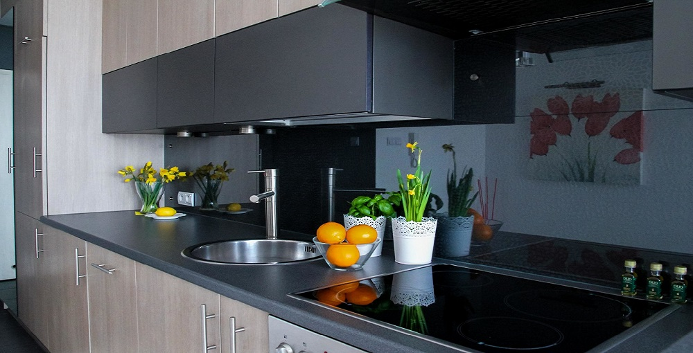 How to Support a Countertop without Cabinets 1