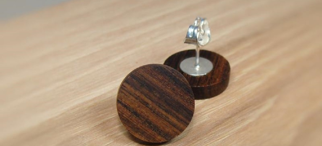 How to Stain Wood Earrings