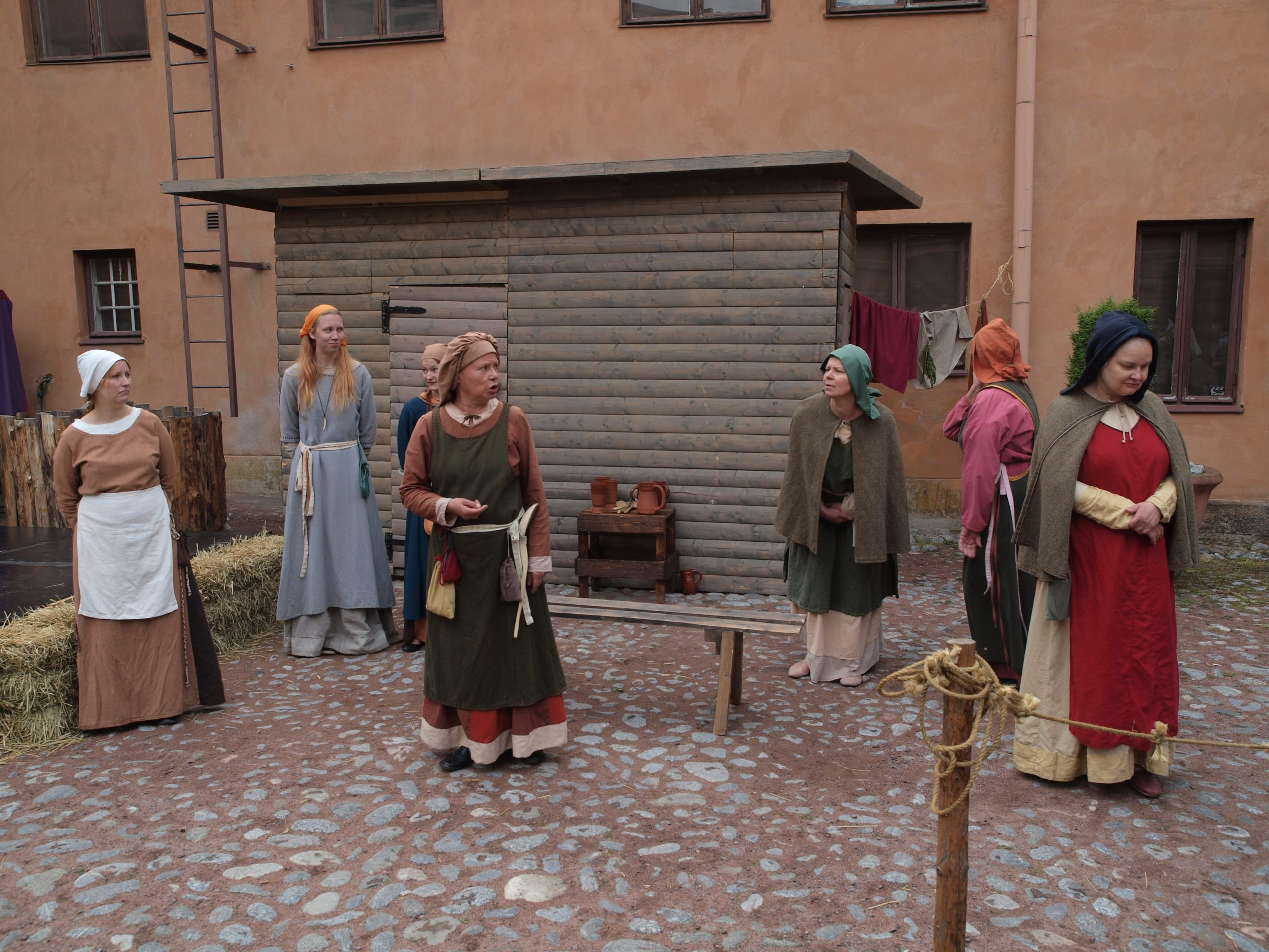 How to Make a Medieval Dress at Home 1