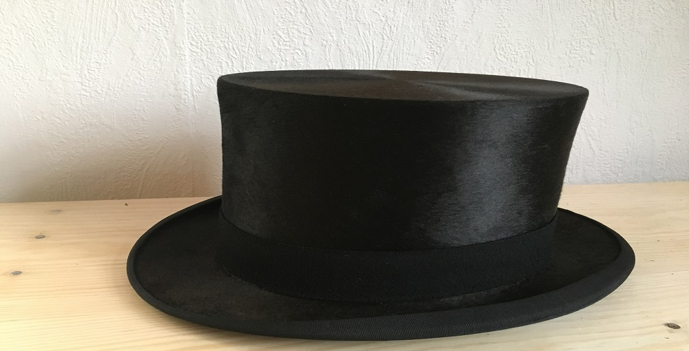 How to Make a Top Hat Out Of Paper