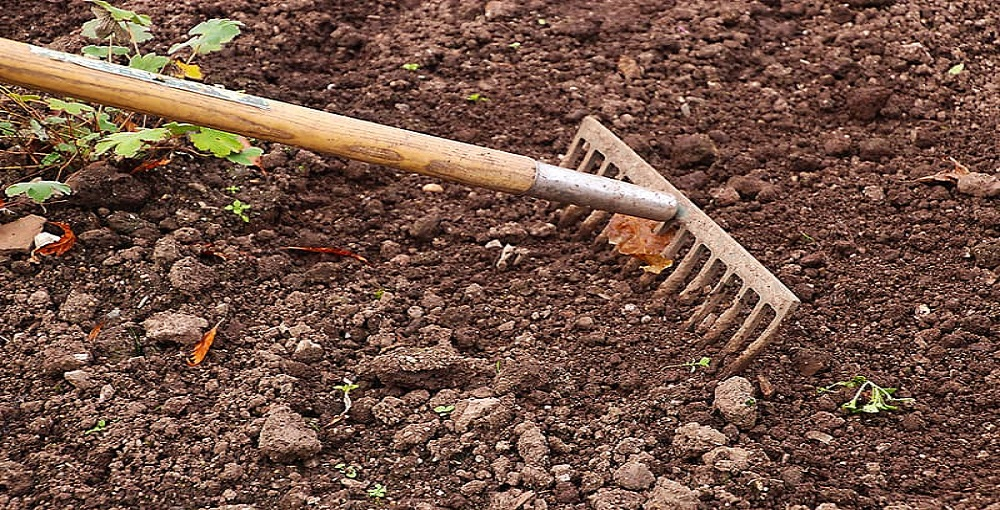 How to Soften Soil for Digging