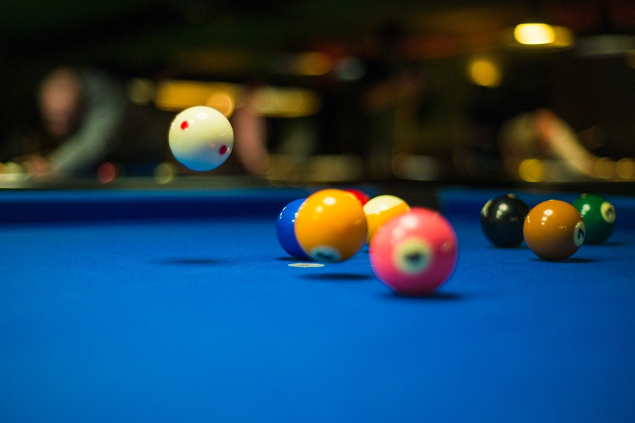 How to Straighten a Pool Cue 2