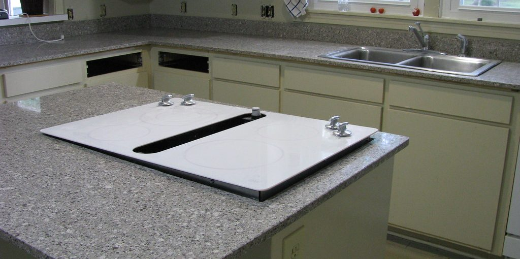How to Support a Countertop without Cabinets