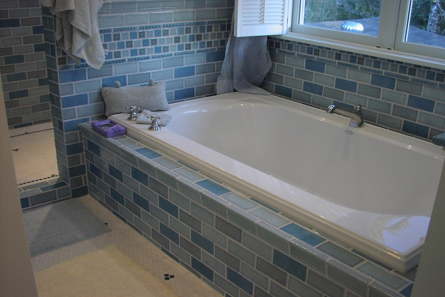 How to Tile Directly to Bathtub