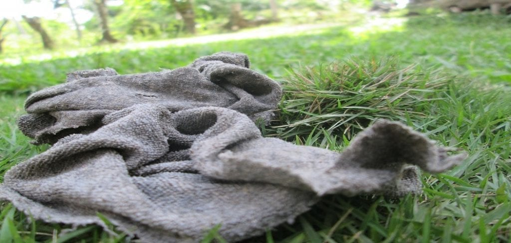 How to Clean Oily Rags