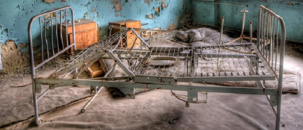 How to Fix a Broken Metal Bed Frame