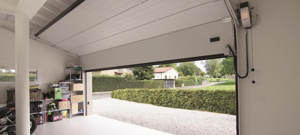 How to Unlock Garage Door Lock From Inside