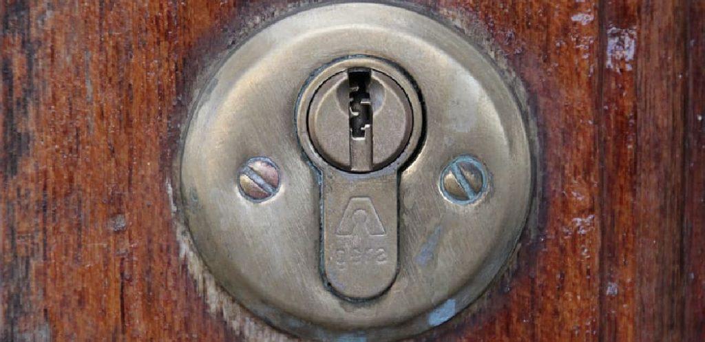 Megnetic Door Lock