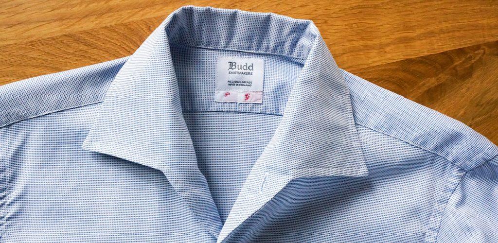 A Tight Shirt Collar