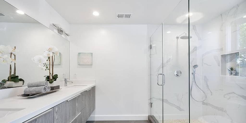 How to Adjust a Frameless Pivot Glass Shower Door