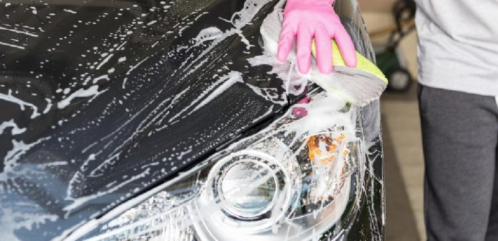 How to Remove Tree Sap From Car Rubbing Alcohol