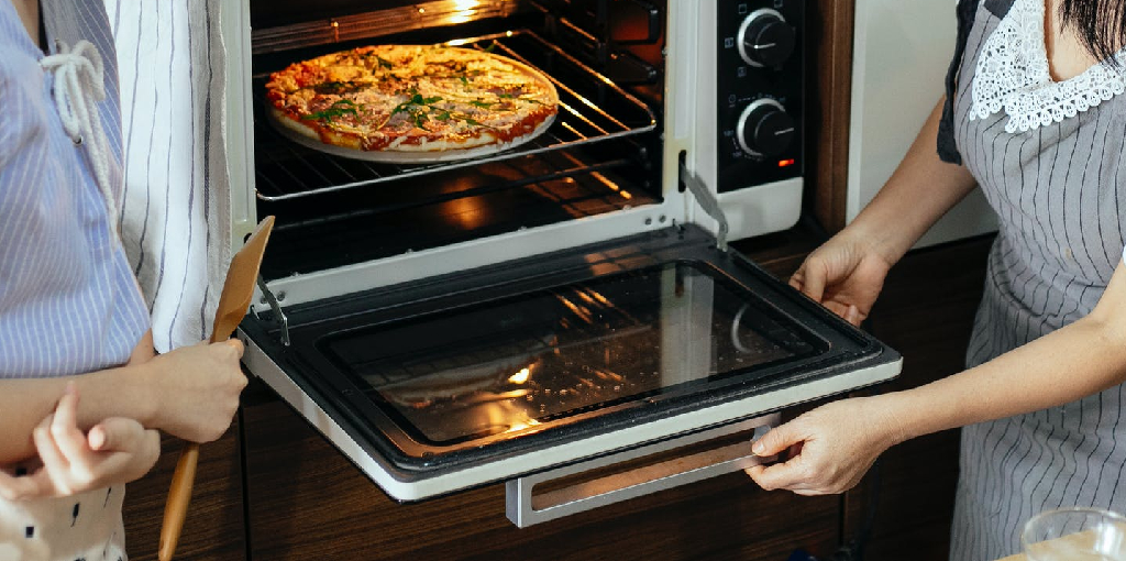 How to Cook Totino's Party Pizza in Microwave