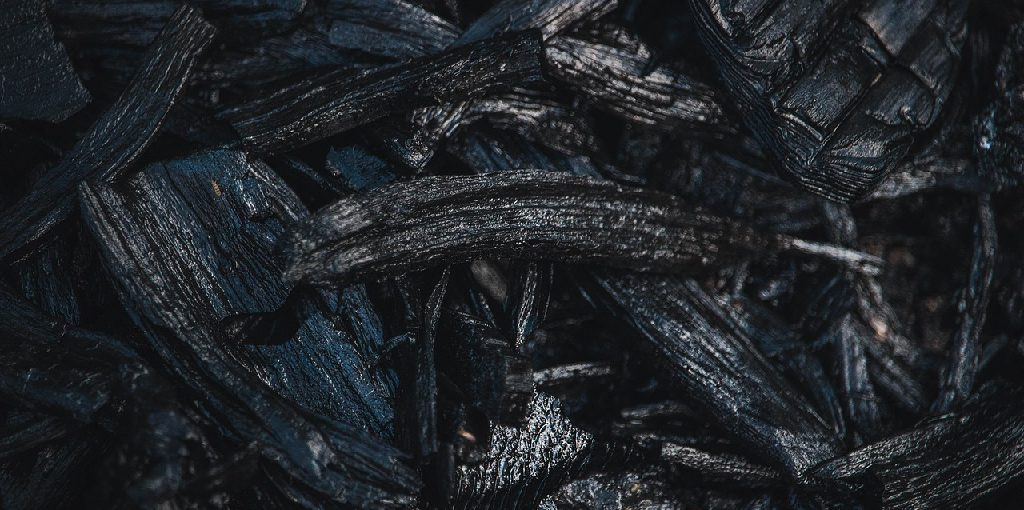 How to Make Graphite From Charcoal