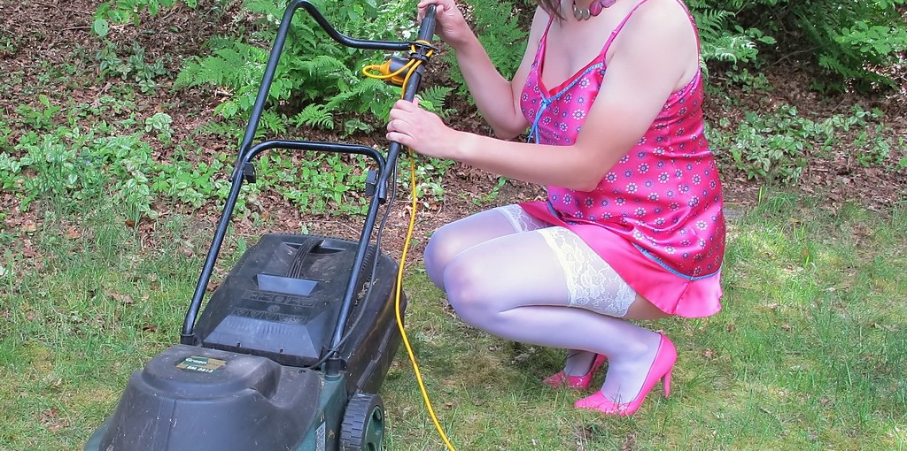 How to Make Lawn Mower Easier to Pull Start
