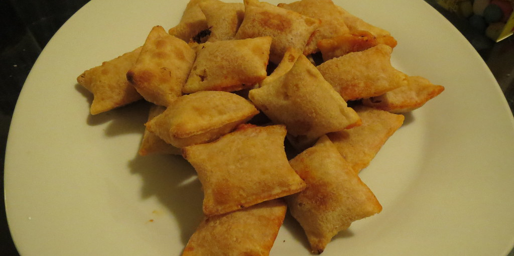 How to Make Pizza Rolls Crispy in the Microwave