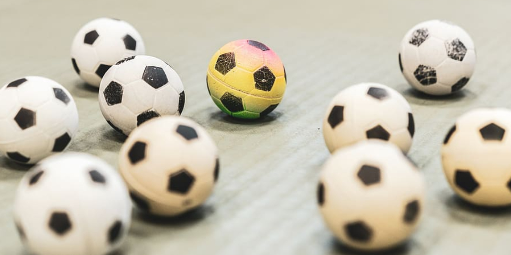 How to Sew a Ball With 2 Pieces