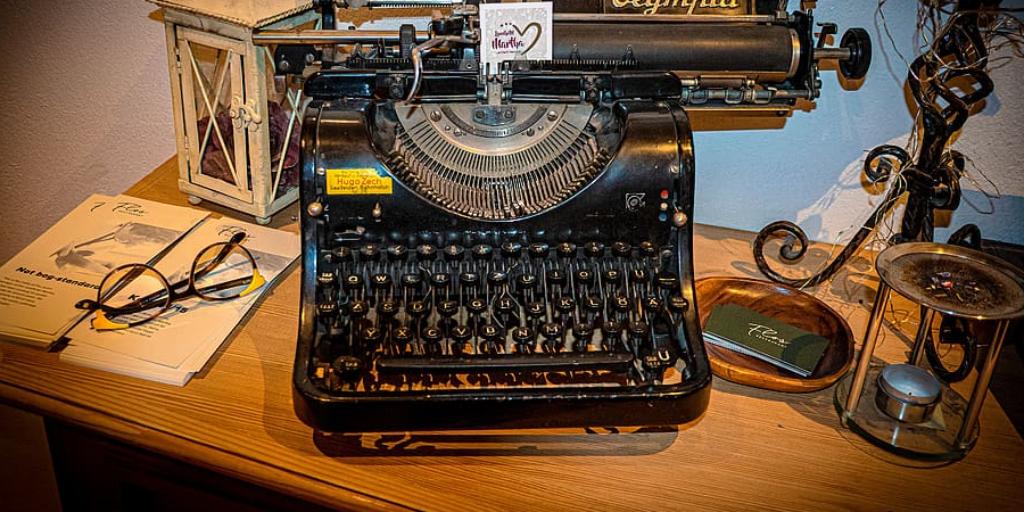 How to Use a Typewriter Eraser
