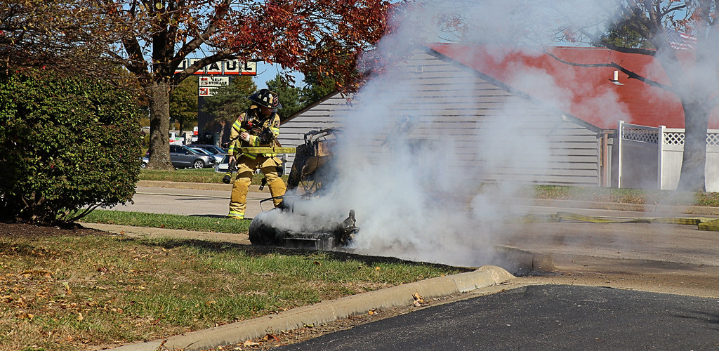 How to Put Out a Lawn Mower Fire
