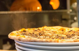 How to Reheat Deep Dish Pizza in the Oven