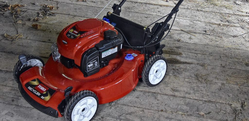 How to Start an Electric Lawn Mower