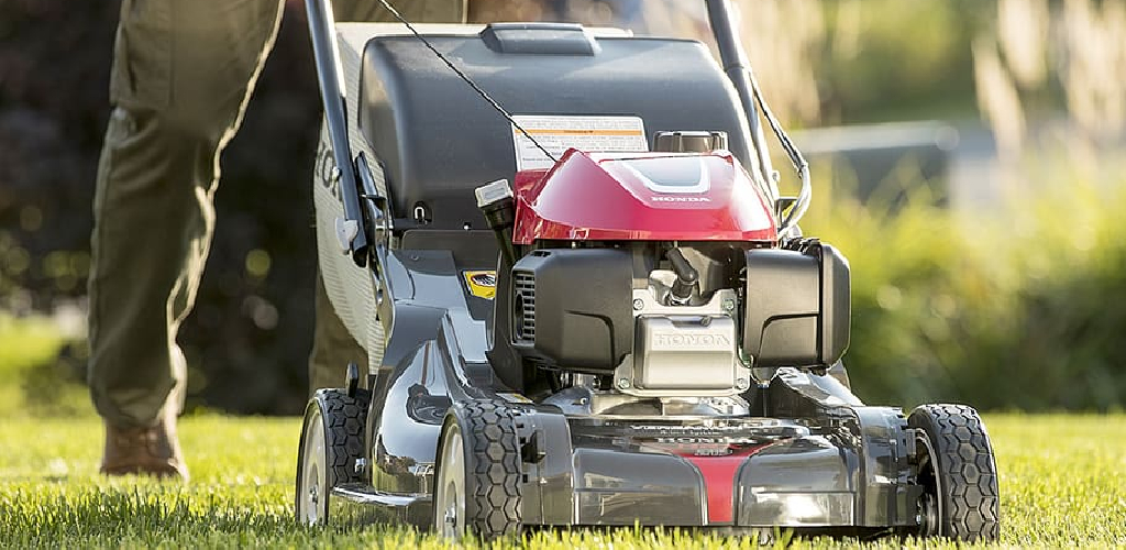 How to Make a Riding Lawn Mower Quieter