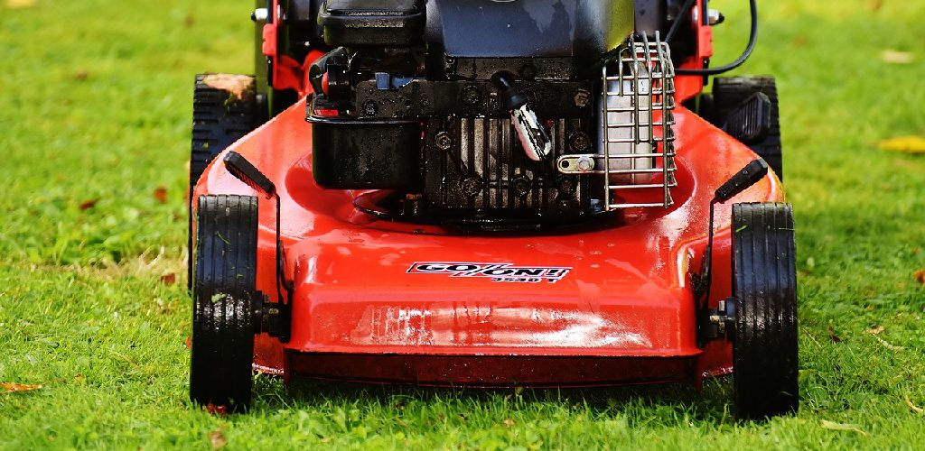How to Install a Tube in a Lawn Mower Tire