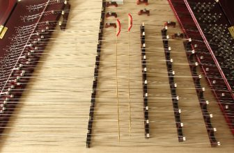 How to Tune an Autoharp Without a Tuning Wrench
