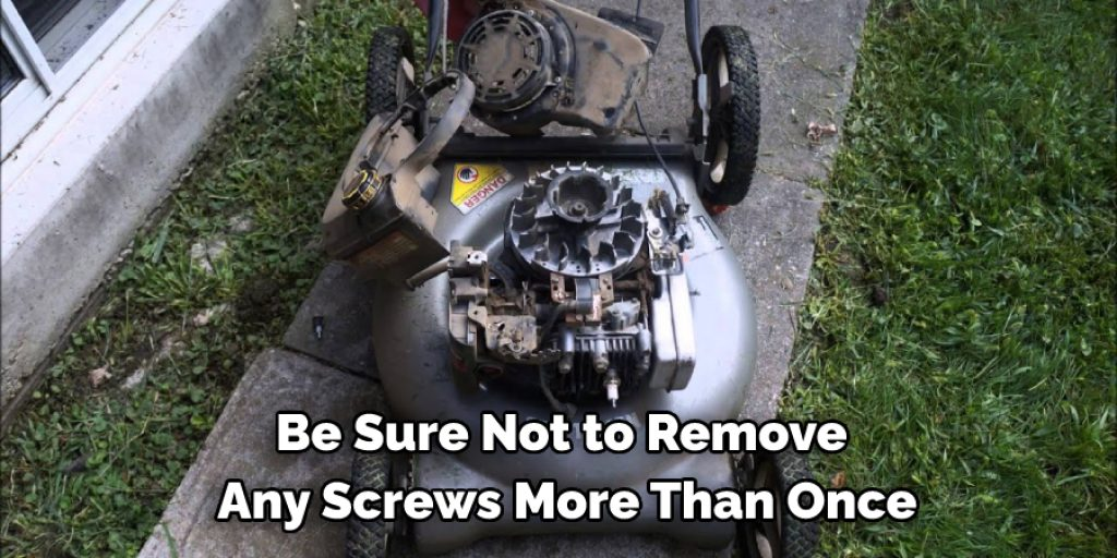 Precautions While Repairing a Lawn Mower From Shooting Rocks