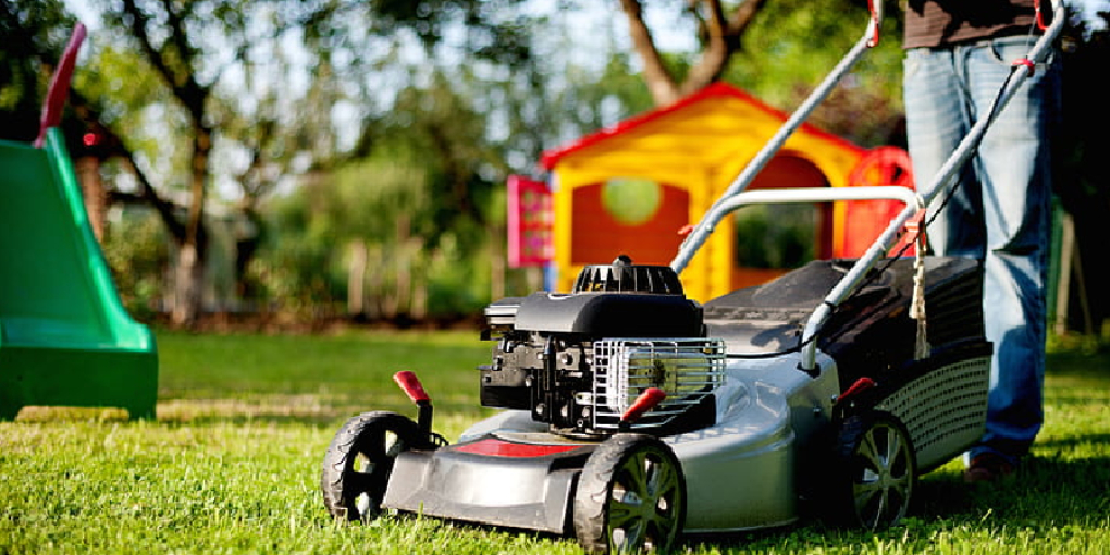 How Does Fuel Pump Work on Lawn Mower